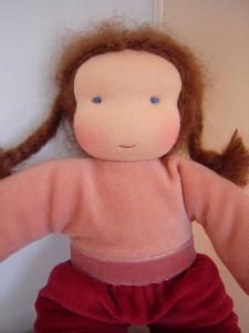 knuffelpopje oud roze bordeaux