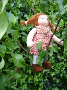 dress up doll in trea